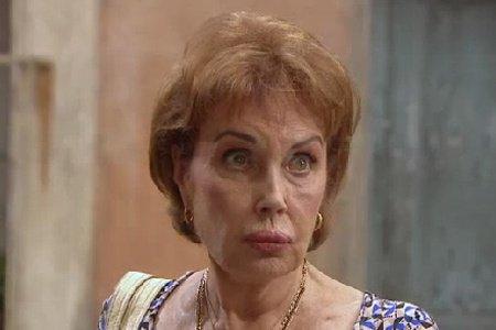 Wanda tente de doubler Frémont et s'inquiète de l'absence de Benoît