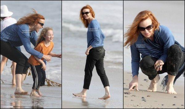. Photos: 25/03/13 Marcia et ses filles a la plage de Santa Monica