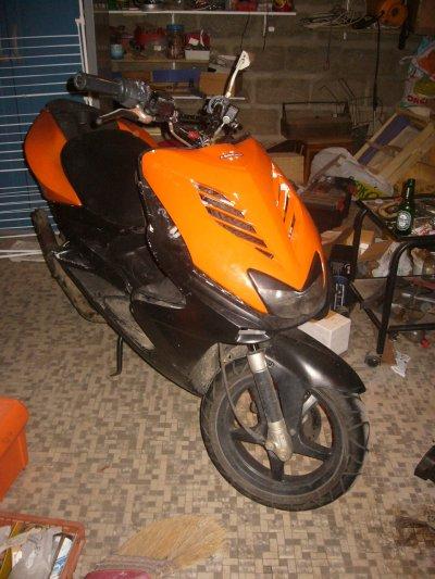 et voici le tout derrnier de mes scooter