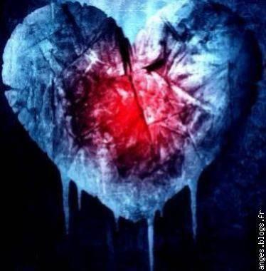 Le coeur dans un trou vide <3