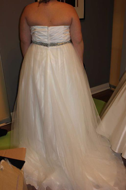 Dressilyme real customer review lazydayz39s tulle wedding for Dressilyme wedding dress