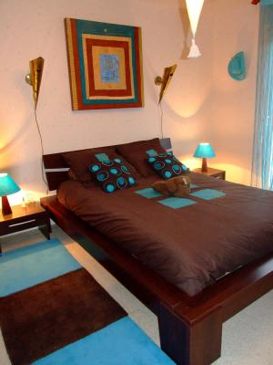 chambre turquoise et marron - Elodie