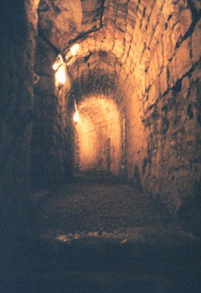 Chapitre quatre : Le sous-sol du pensionnat