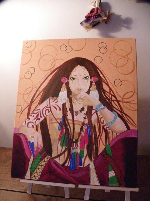 Tibétaine - il y a des couleurs or qui ne se voient pas sur la photo ...dommage! je ne suis douée pour la  photographie.