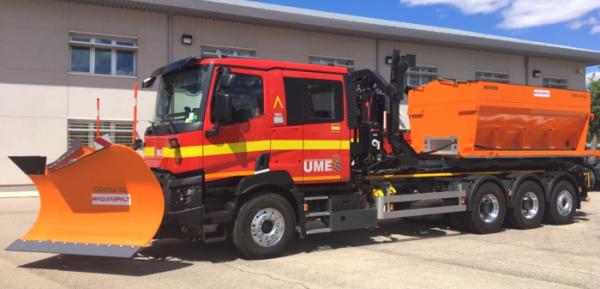 Les étranges camions Renault des Unités de secours militaires espagnoles