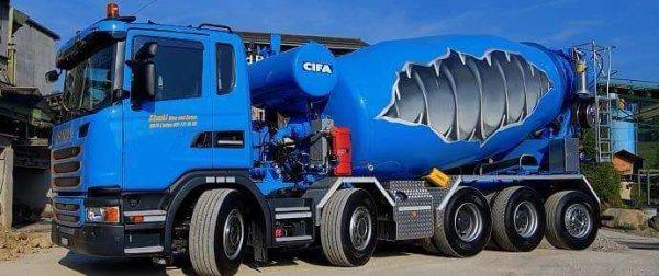 Camions malaxeurs : toupies en folie, toupies en tous genres