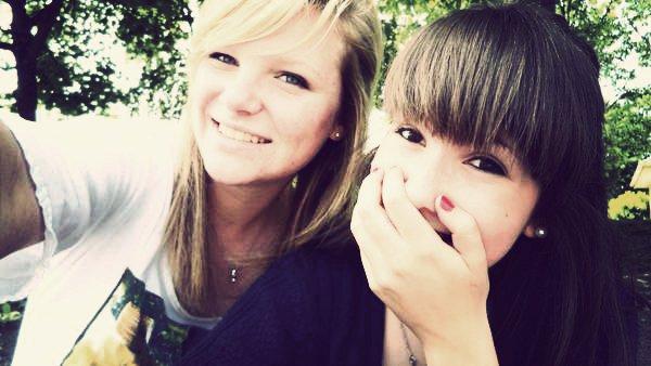 Une meilleure amie pas comme les autres , normal ; - C'est la mieux & la mienne <3