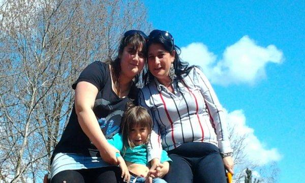 mi madre mi hermana y yo