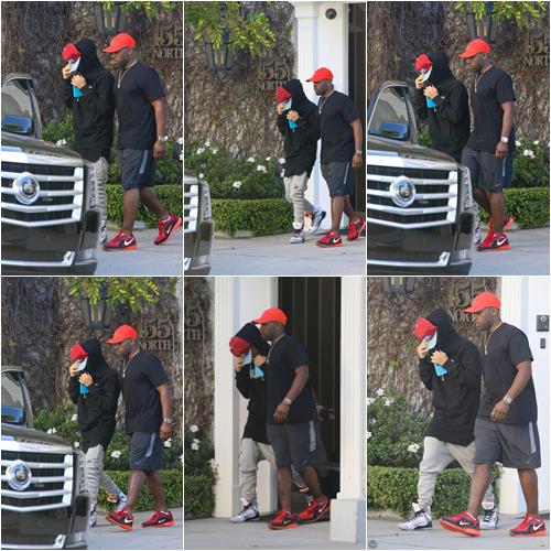 LE 25/03 -  Justin a été vu quittant un bureau dans West Hollywood!