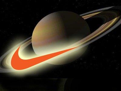 Etrange :   Vous ne le savez peut être  pas,   mais  le monde  entier a vénéré Saturne pendant des milliers d'années