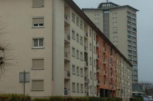 Voitures brulées, l'an neuf à la strasbourgeoise. Une nouvelle fois, dégradations et heurts ont eu lieu dans les quartiers sensibles de la ville. Le procureur met en cause la police.