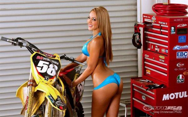 Moto et femme