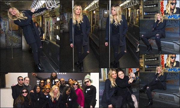 . 02/12/2017 - Miss Ashley était à New York pour faire un Meet & Greet avec des fans dans la boutique « Prive Revaux ».  Nous avons très peu de photos, ce qui est vraiment dommage car Ashley est très jolie dans cette tenue ! J'aime beaucoup sa veste à rayure, un top ! .