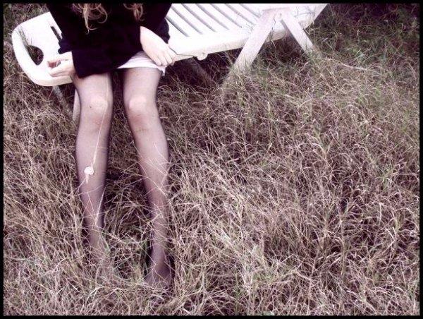 Tu vas pas me perdre. Tu m'as appris à aimer la vie, et j'ai envie d'être heureux, de dormir dans un vrai lit, d'avoir des racines...