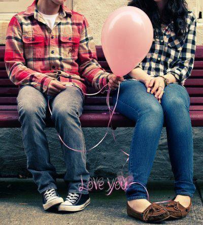 L'amour c'est quelque chose de différent à chaque fois. Différent en fonction de la personne avec laquelle tu te trouves. Différent. Et bien souvent. Indéfinisable.