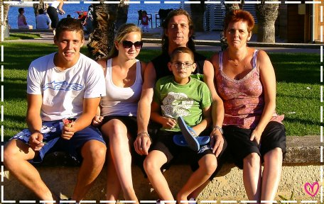 Quoi de plus important que le famille ? .. ♥