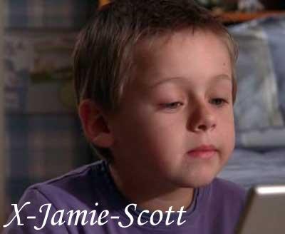 X-Jamie-Scott   Prèèsaantee