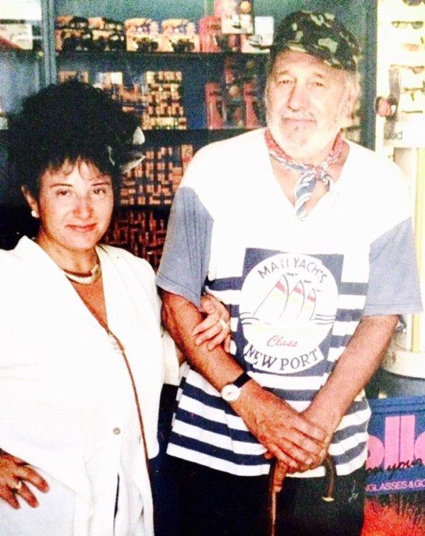 Antonietta Palino (Melbourne - Australie) & Mario Vitale à Stromboli en 1999