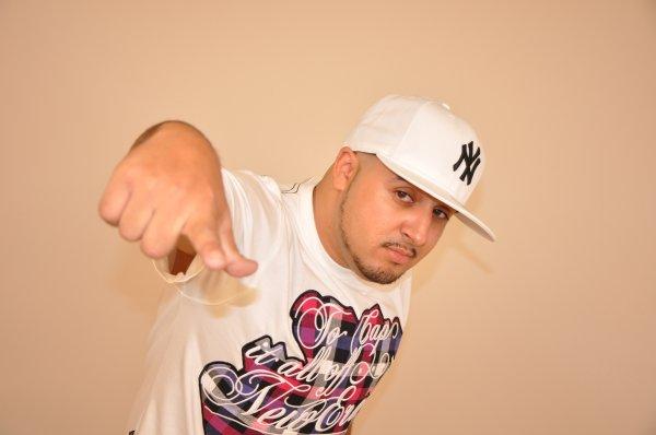DJ AKH BIO