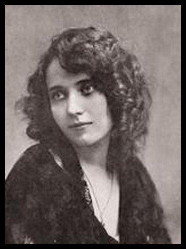 Pauline Pô - Miss France 1921