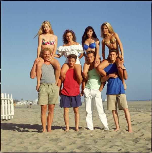 (l) bEvErlY hIllS 90210 (l) aNnéE 1994 (l)