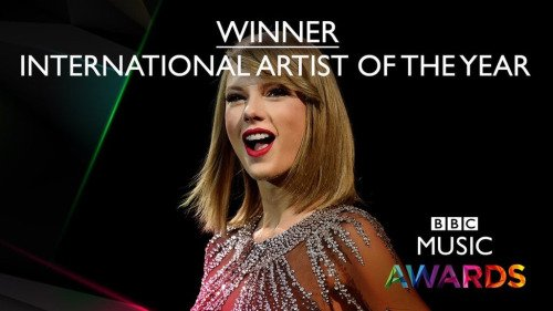 10/12/15 - Photoshoot . Candids . News . Twitter . Magazine . Soirée . Vidéo . Interview . Concert . Tumblr . Instagram . Taylor a gagné le prix de la Meilleure Artiste Internationale aux BBC Music Awards.