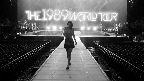 19/12/15 - Photoshoot . Candids . News . Twitter . Magazine . Soirée . Vidéo . Interview . Concert . Tumblr . Instagram . Taylor a posté une nouvelle vidéo promotionnelle pour le 1989 World Tour LIVE.
