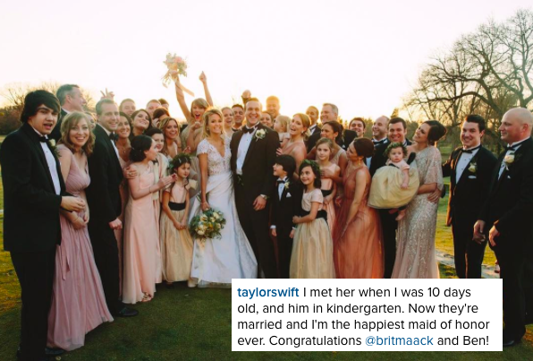 21/02/16 - Photoshoot . Candids . News . Twitter . Magazine . Soirée . Vidéo . Interview . Concert . Tumblr . Instagram . Taylor a posté sur Instagram, trois photos du mariage de sa meilleure amie Brittany Maack qui s'est déroulé le samedi 20 février.