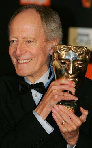 JAMES  BOND  :  Décès de John BARRY , compositeur de la musique de nombreux James Bond