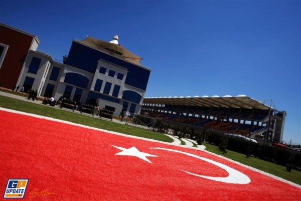 FORMULE 1  :  GRAND  PRIX  DE  TURQUIE  A  ISTANBUL  ,  LA  GRILLE  DE  DEPART