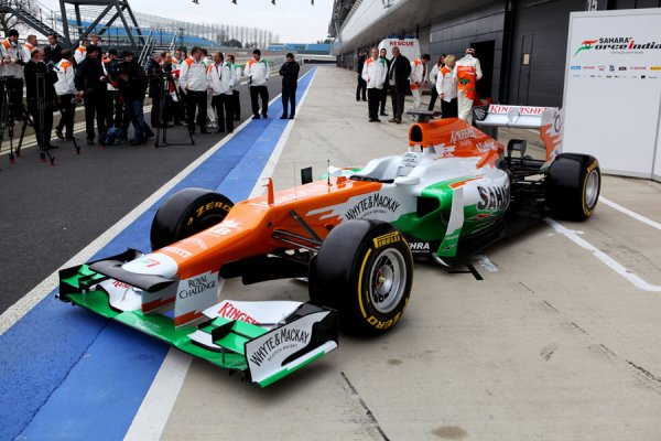 FORMULE 1 , PRESENTATION DE LA  FORCE  INDIA
