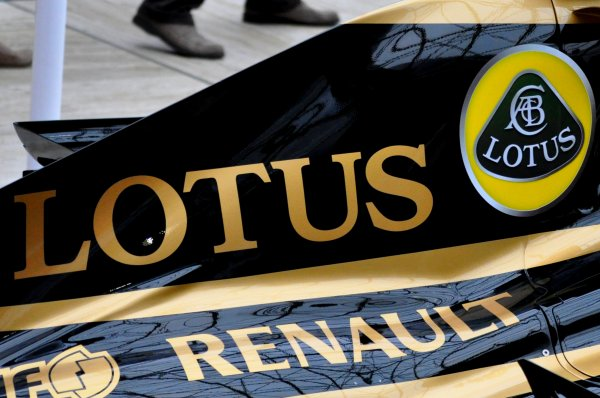 FORMULE 1 :  LOTUS F1 TEAM S'ASSOCIE AU GROUPE ROCK LINKIN PARK