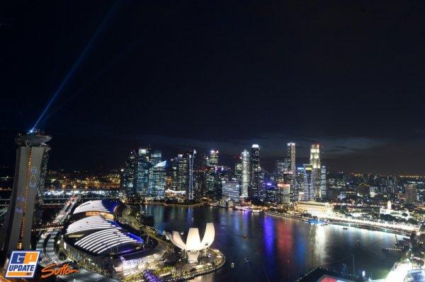 FORMULE 1 : GRAND PRIX DE SINGAPOUR , LA GRILLE DE DEPART