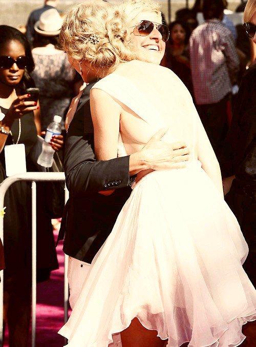 ◘ Taylor Swift et... Ellen Degeneres ◘