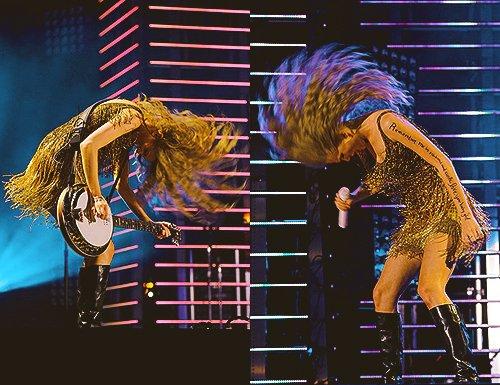 ✽ Taylor ne cesse d'être si... unique ! ♥ ✽