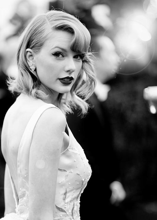 » Le savais-tu ? ● 13 facts sur Taylor Swift ● PARTIE 2