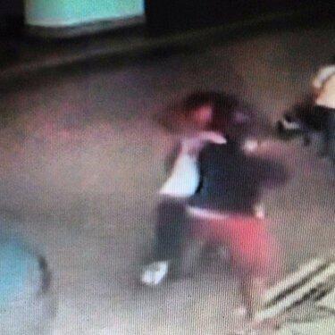 Booba annonce qu'il va publier la vidéo de sa bagarre avec La Fouine ! (NEWS)