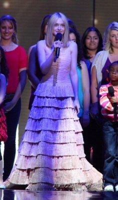 Dakota était avec Oprah pour le dernier show de celle-ci! ;)