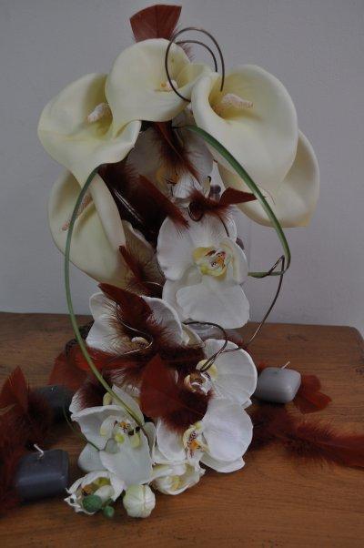 Bouquet de marié avec fleur artificielle