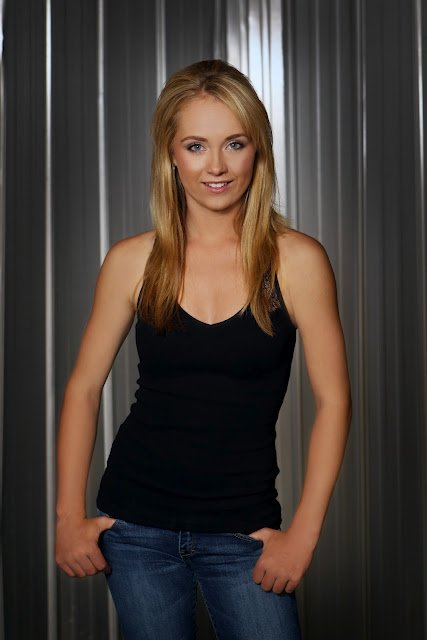 photo d'Amber marshall suite...