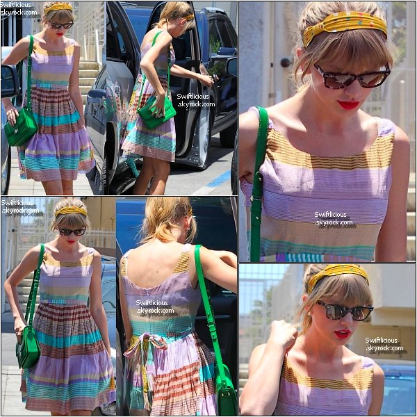 "Candids du 25 Mai 2012 , Taylor quittant  le restaurant "" The Girgio Baldi "" à Los Angeles en Californie ! Le Lendemain,la belle à été vue quittant une nouvelle fois le "" Joan's on Third "" toujours en Californie ! Top ou Flop ?"