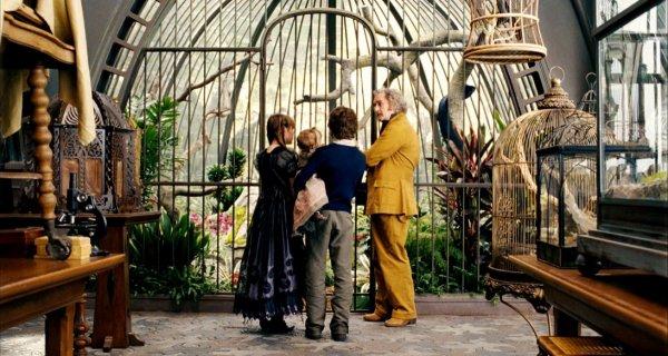 Les différents lieux de la série : la villa de l'oncle Monty