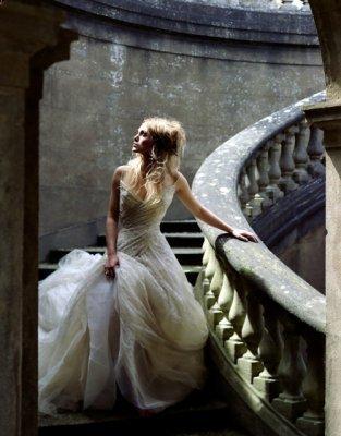 > Dans les contes pour enfants, les princesses donnent des baisers aux crapaud. Dans la vie réelle, les princesses embrassent les princes et ceux-ci se transforment en crapauds.