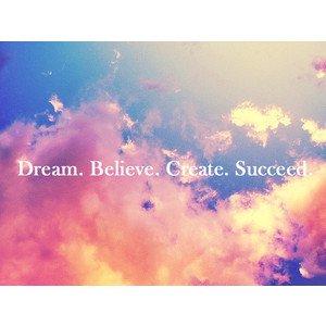 > Le rêve est le phénomène que nous n'observons que pendant son absence. Le verbe rêver n'a presque pas de présent. Je rêve, tu rêves.
