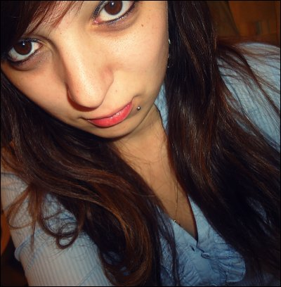 « Je fume, je bois, je baise. Triangle équilatéral » †
