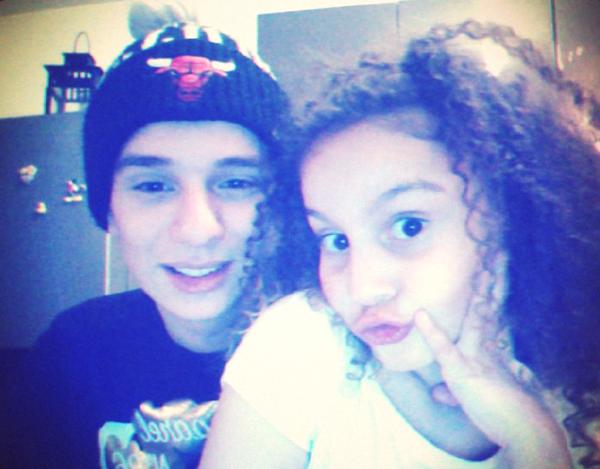 Avec ma soeur !! <3