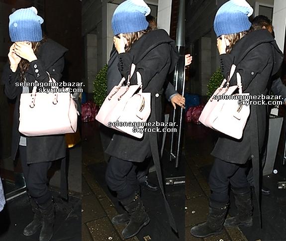 *16 décembre 2013 : Selena a été vue quittant le restaurant Tamarind à Londres, Royaume-Unis