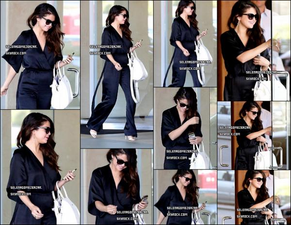 03/04/14. Selena s'est rendue à une réunion d'affaire, à Los Angeles. Top ou Flop ?
