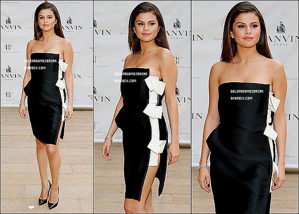 *12/05/14. Selena était présente au American Ballet Theatre 2014 Opening Night Spring Gala, à New York. Top ou Flop ?