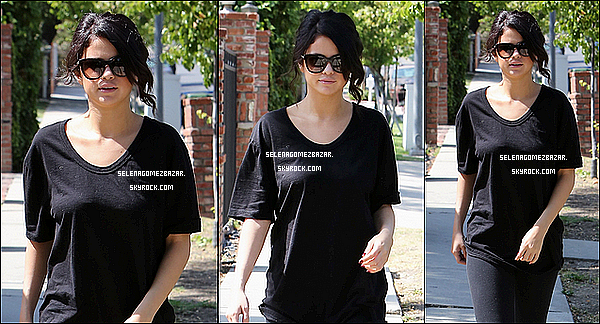 *12/06/14. Selena était à Calabasas en Californie. Top ou Flop ?